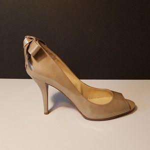 Enzo Angiolini patent heels